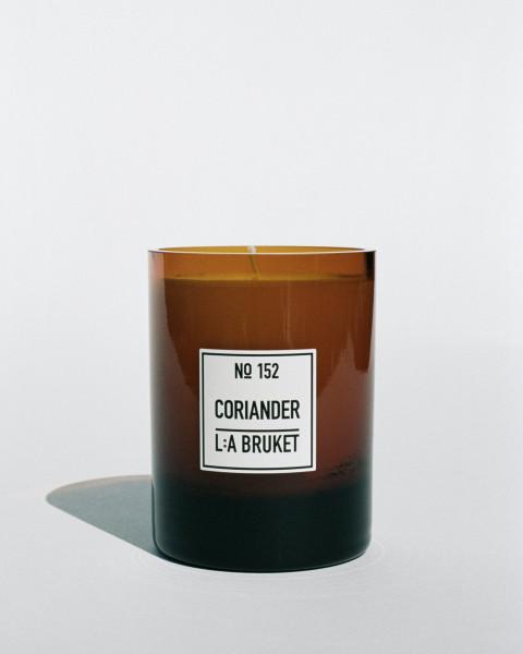 "L:A Bruket No.152 ""candle"" coriander 260g"