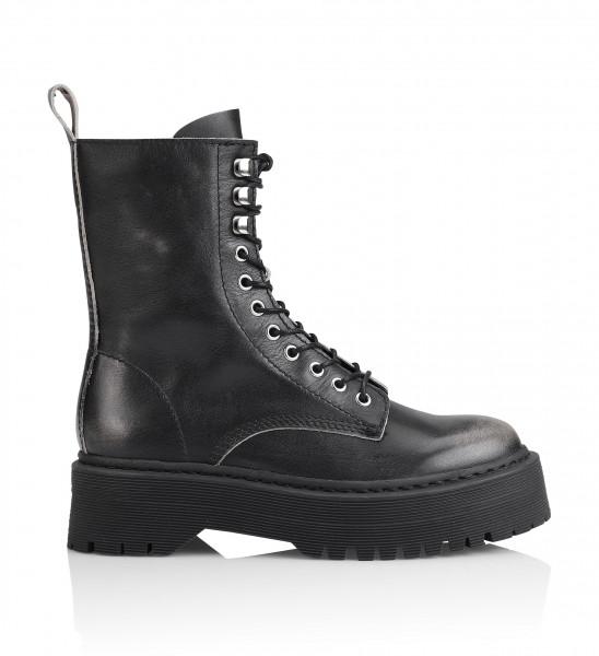 Shoe Biz, Niri Lavato, black