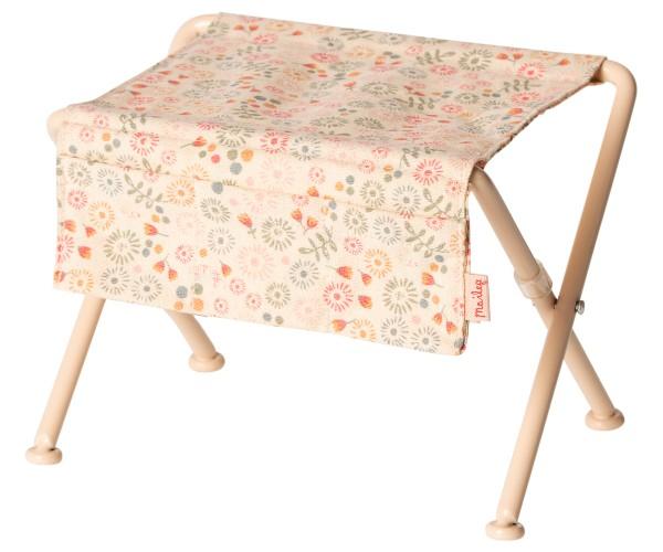 Maileg, Nursery table