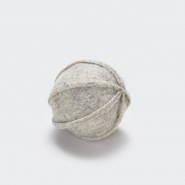 "Cloud7 ""Filzspielzeug Ball Grey"""